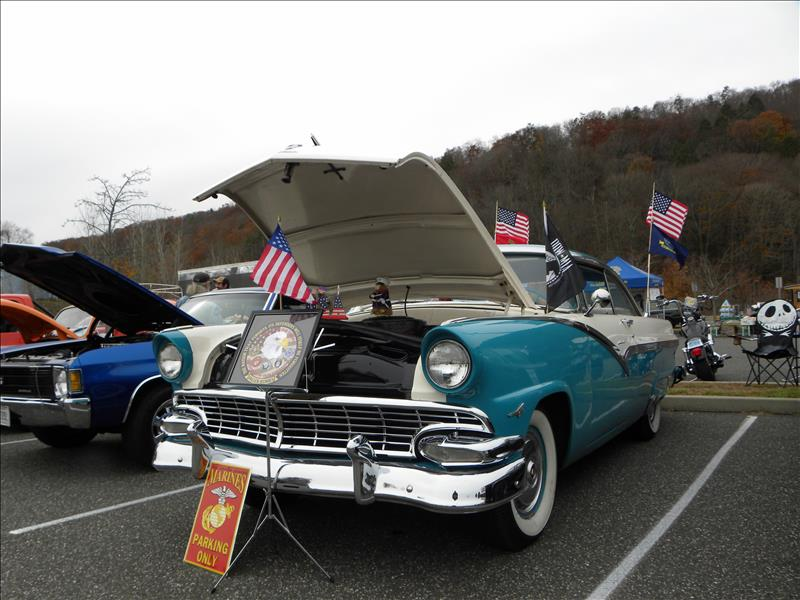 CT Western Vets Car Show
